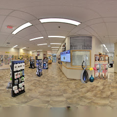 Interiors of Techknow Space Mississauga Store