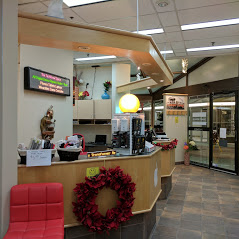 Techknow Space Mississauga Store with Christmas Wreath Decorations