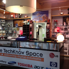 Techknow Space Toronto Help Desk